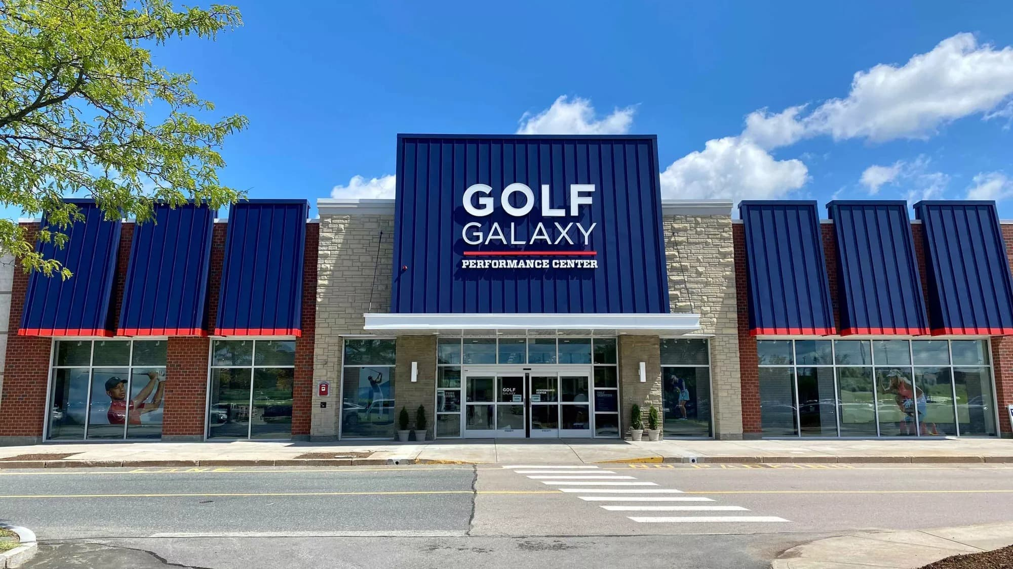 Storefront of Golf Galaxy store in Framingham, MA